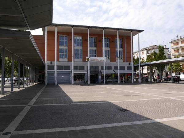 mercato-square